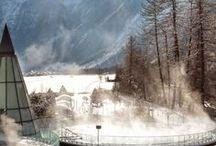 Piscine en hiver / Tour du monde des piscines ouvertes en toute saison notamment en période hivernale ! Rien ne refroidit nos nageurs !