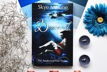 Books by Skye Malone / Books by paranormal romance and fantasy author Skye Malone.