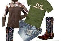 Country Girl Style <3 / by Jordan Tiedtke