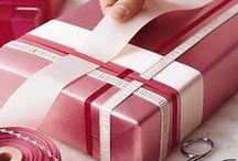 ⋆❋ Gift Wrap