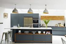 Grey kitchens / Be inspired by the kitchen shade of the moment