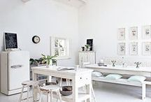 White country kitchen / White adds a fresh, contemporary feel to a rustic scheme