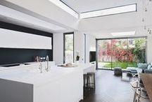 Modern kitchen ideas / Sleek cabinets and designs for minimalist beauty