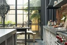 Glass doors for kitchen extensions / Blur the boundary between indoors and out with folding and sliding glass doors