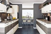 Galley kitchen ideas / Great storage and prep and cooking space, all in a row