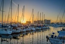 The Sights of LA / The Marina del Rey Hotel is a tranquil hideaway where guests can enjoy a variety of watersports on the marina and easy access to local attractions, such as J. Paul Getty Museum, Rodeo Drive, Hollywood, and Universal Studios.