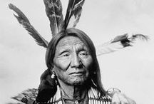 Sioux Lakota Brothers / Pictures of Sioux, their people or other things they used to live, clothing, housing etc.