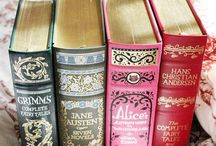 Books Of Old / by 👱 Melissa 💞
