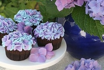 Cupcakes / by Waneeta Loomis