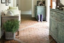 Baukasten - Mud Room / Ideas to create the room between garage and regular entrance.