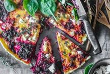 Pizzas and Tartes, favorites of KptnCook! / Pizza's are so much more than mozzarella and tomato sauce. Check out the different variations on this delicious dish.
