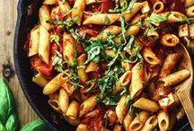 Veggie collection of tasty pasta and rice dishes / A collection of tasty pasta and rice dishes for vegetarians. Enjoy!