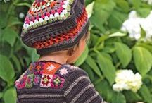 Crochet clothing and accessories to the children
