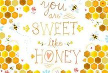 Sweet like Honey / Sweet honey and bumble bee's make a wonderful wedding theme. Especially in the late summer/early fall, when the sunlight is very golden.