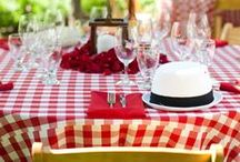 Picnic Wedding / Picnic style wedding! Yes please! You can do so many great things with this summer wedding theme. You need a garden wedding venue and some great decor. What a fun and relaxing wedding! You can have your guests seated at tables or on blankets :)