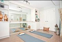 Yoga Home Studio / Everything about creating a peaceful yoga practice space and peaceful workspace in your home. You need to create an amazing space in order to love hopping on your yoga mat daily!