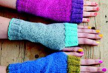 Knitting: mittens, hand warmers