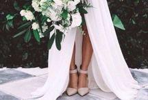 W  DAY / //wedding//dress//cake//ring//invites//flowers//themes//photos