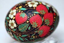 Art: Gorgeous Eggshells / Art using eggshells as the medium