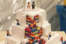 Themed Wedding cakes / Wedding cakes with special theme, such as LEGO, movies or other untraditional decorations.