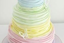 Ombre Cakes / Gradient in colour, you wouldn't think there would be too many different designs you could do, would you? This board has designs to make you gasp, and worthy of being a centerpiece for any occassion