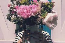 La Fête des Mères // Ines x Flowerness / Ines de la Fressange Paris et Flowerness célèbrent la Fête des Mères 2017 avec un bouquet spécialement conçu par Ines.