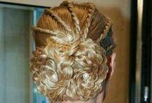 ✂ Hairstyles ✂ / Me encantan las trenzas! Me gusta hacerlas y combinarlas para crear nuevos y diferentes peinados, lucen increible.