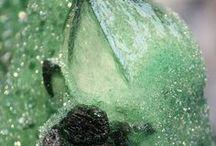 Mineral; turkos-gröna