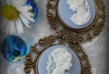 Dorota Wilkosz  unikatart.eu / unikatart.eu Biżuteria koralikowa. Biżuteria w stylu vintage.  Koraliki i akcesoria.