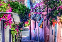 Awesome alleyways