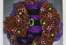 Halloween Wreaths / https://www.facebook.com/pages/The-Persnickety-Cricket/332037083552316 / by Persnickety Cricket