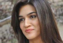 Kriti Sanon / Collection of Bollywood Actress Kriti Sanon