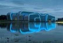 Architectuur / Architectuur van openbare gebouwen. Favoriete architecten: Zaha Hadid, Erick van Egeraat, Daniel Libeskind.