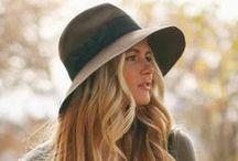 ♦♦ HAT...