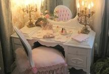 Shabby Chic / by Dolores Haze