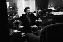 Sherlock / The name's Sherlock Holmes and the adress is 221B Baker Street