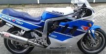 "Suzuki GSX-R 750/1100 ""Slingshot"" / 1988 to 1989 - 2nd Generation Suzuki GSX-R with the new Slingshot carburetors"
