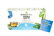 Miracle Tree's Organic Moringa Tea: Original / This flavorful infusion is stocked with fresh and organic Moringa dried leaves rich in nutrients and antioxidants, making you feel energetic and full of life!  Our tea is unique – it's made of organic Moringa! We source our artisan tea from our own Moringa plantations in Sri Lanka.  Enjoy a box of 25 individually-enveloped tea bags made with USDA and EU certified Organic Dried-Leaf Moringa.