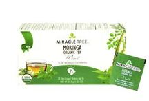 Miracle Tree's Organic Moringa Tea: Mint / Our award-nominated Moringa and Mint herbal tea is an exciting blend of mint and Moringa dried leaves mingled together perfectly for a refined palate-pleasing beverage. Our tea is unique – it's made of organic Moringa! We source our artisan tea from our own Moringa plantations in Sri Lanka.  Enjoy a box of 25 individually-enveloped tea bags made with USDA and EU certified Organic Dried-Leaf Moringa.