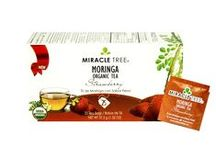 Miracle Tree's Organic Moringa Tea: Strawberry / This subtly aromatic strawberry infusion blends an energetic fruity flavor with Moringa dried leaves for a tasty and refreshing drink. Our tea is unique – it's made of organic Moringa! We source our artisan tea from our own Moringa plantations in Sri Lanka.  Enjoy a box of 25 individually-enveloped tea bags made with USDA and EU certified Organic Dried-Leaf Moringa.