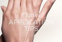 Application Tips / Defeat cellulite, combat dark circles, increase drainage... Each beauty step has its own application method. These methods are directly inspired by the techniques used at the Clarins Skin Spa, and are simple enough to do at home. Try them out and get ready for amazing results! / Essayez nos méthodes d'applications issues des spas pour de meilleurs résultats!