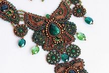 Beadwork from all over the world / beads