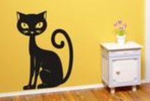 Zvířata / kočky / Samolepky na zeď z kategorie Zvířata / kočky jsou určeny pro všechny milovníky zvířat. Vyznačují se jednoduchou aplikací na zeď.