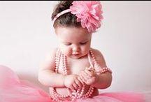 Bebês / Ter um bebê é assumir a maior responsabilidade e a alegría mais absoluta que a natureza nos dá.