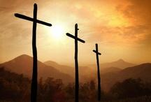 """Eu creio / """"Creio em Deus-Pai, todo poderoso, criador do céu e da terra e em Jesus cristo seu único filho, Nosso Senhor que foi concebido pelo poder do Espírito Santo"""""""