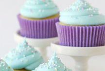 Cupcakes / Bolinhos lindos e saborosos! Tenho paixão por cupcakes, porque fazê-los é uma terapia e o resultado é sempre uma delícia!