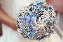 Weddings!!!! / Weddings Dresses and cakes etc. / by 😊Titania Owens💛💙