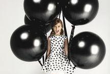BLACK / balloons girl