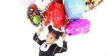 girl balloon seller. / let's balloon party.