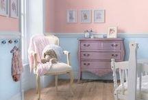 Χρώματα ... ιδέες και λύσεις για το βρεφικό δωμάτιο / Το πρώτο βήμα στην διακόσμηση του βρεφικού δωμάτιου συνήθως είναι η επιλογή χρώματος ή χρωμάτων. Κάποτε τα πράγματα ήταν πολύ απλά - ροζ ή σιελ. Σήμερα οι επιλογές είναι αμέτρητες.